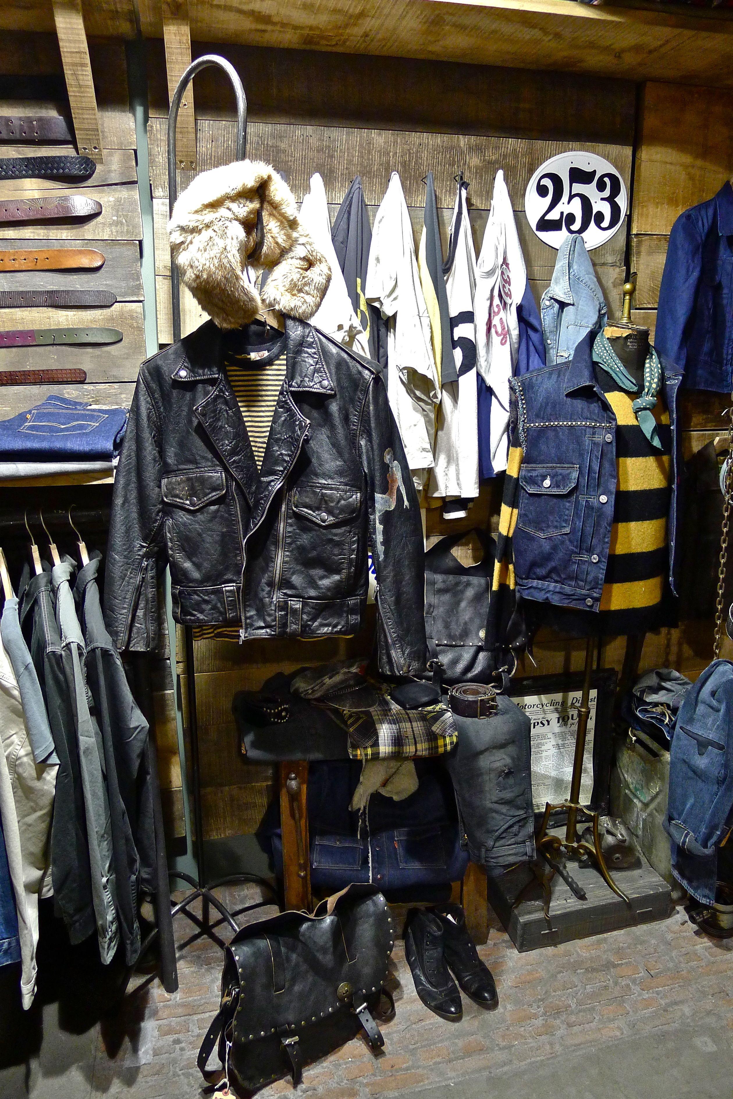 Ingrosso Abbigliamento Vintage Prato ~ Ingrosso abbigliamento usato gt  vintage clothing wholesale 8e3dcf50b96f